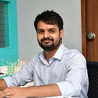 Dr. Mohit Kumar Khandelwal(BDS / MDS)